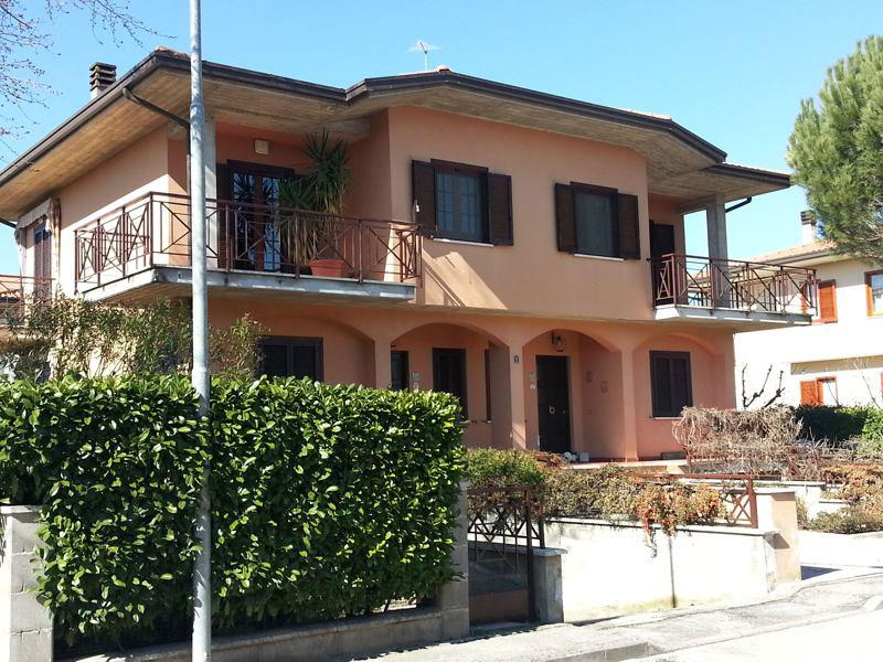 Vendita Edificio Indipendente Assisi / Sell Indipendent Building Assisi – Loc. Petrignano