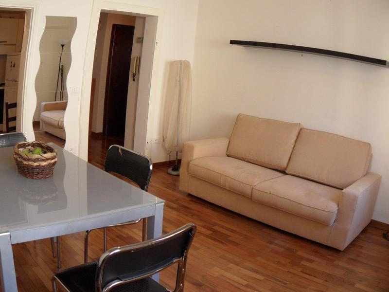 Affitto Appartamento Assisi / Rent Apartment Assisi – Via Vicolo Scuro