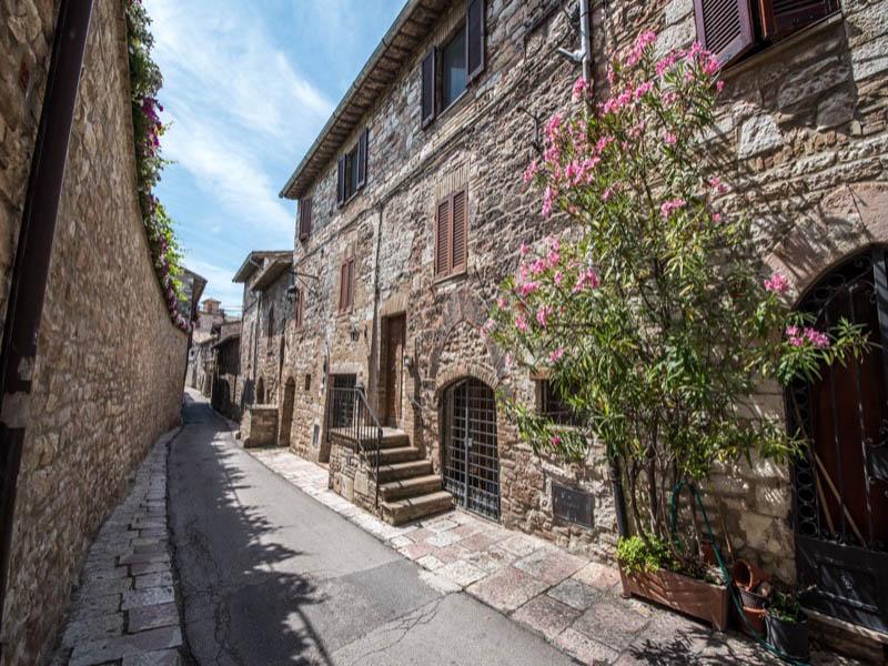 Vendita Appartamento Assisi / Sell Apartment Assisi – Via Comune Vecchio