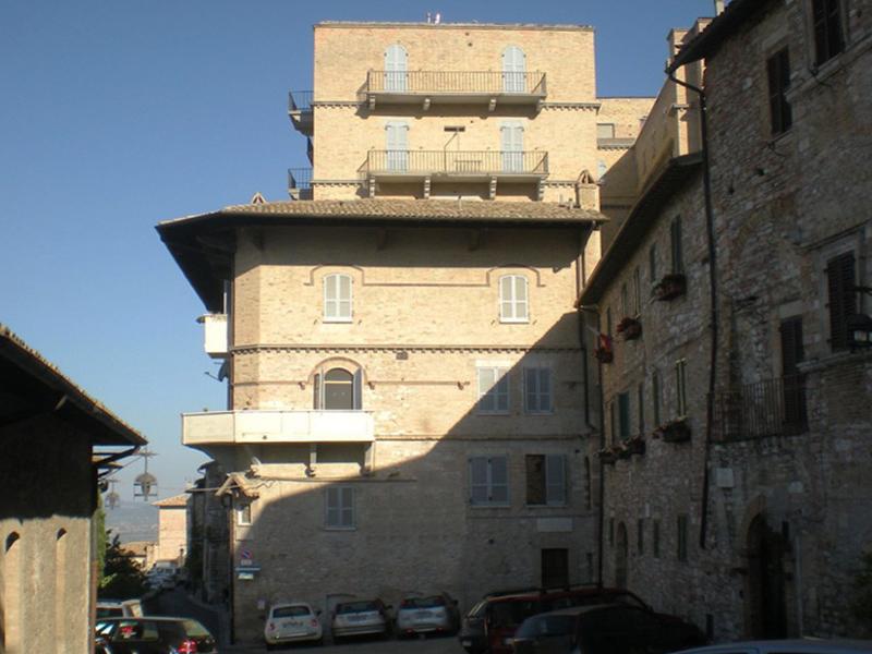 Vendita Appartamento Assisi / Sell Apartment Assisi – Palazzo Spagnoli