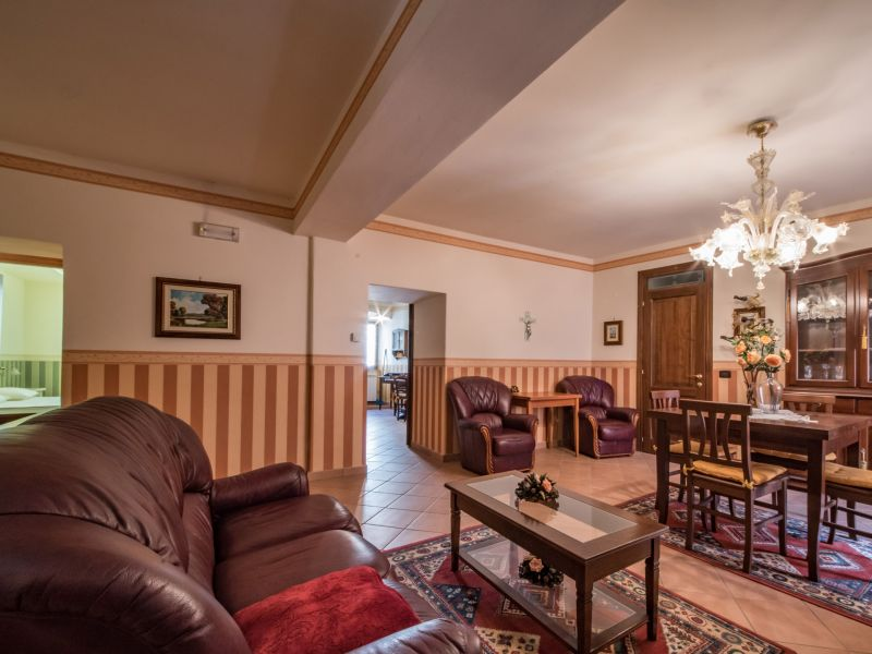 Vendita Appartamento Assisi / Sell Apartment Assisi – Via Giotto