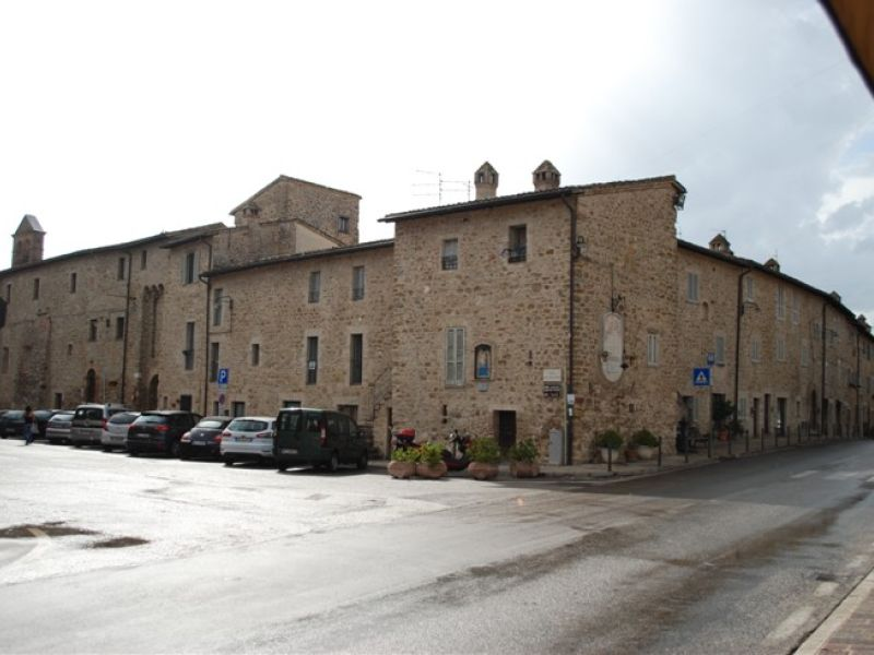 Affitto Appartamento Assisi / Rent Apartment Assisi – Loc. Palazzo