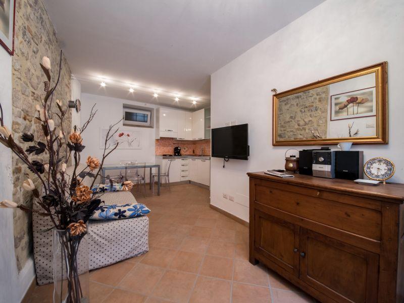 Affitto Appartamento Assisi / Rent Apartment Assisi – Via del Comune Vecchio