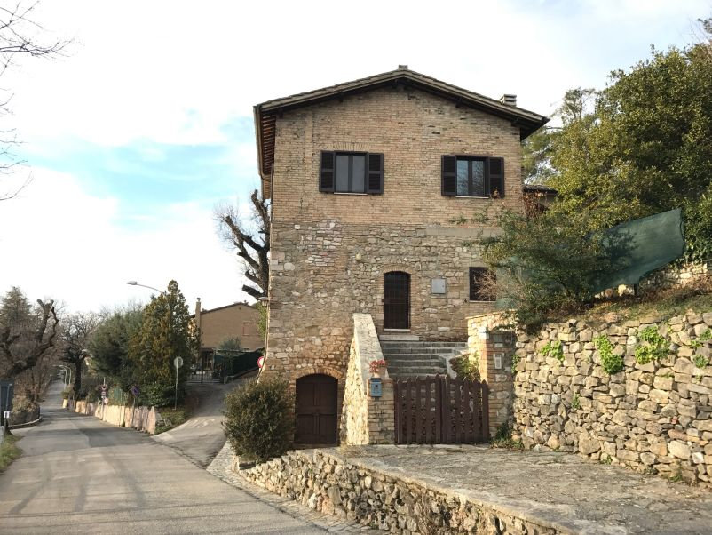 Affitto Appartamento Assisi / Rent Apartment Assisi – Via San Benedetto 1