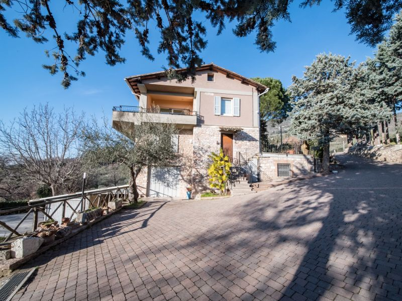 Vendita Casa Indipendente Assisi / Sell Independent House Assisi – Via San Potente
