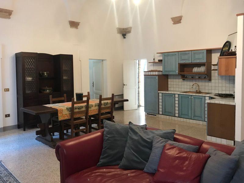 Affitto Appartamento Assisi / Rent Apartment Assisi – Piazza del Comune 02