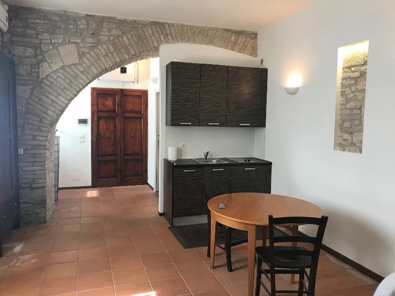 Affitto Appartamento Assisi / Rent Apartment Assisi – Vicolo Francalancia