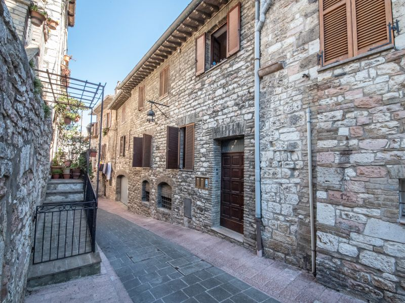 Vendita Appartamento Assisi / Sell Apartment Assisi – Via Montecavallo