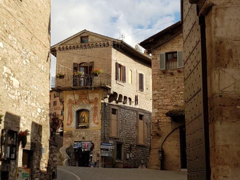 Vendita Appartamento Assisi / Sell Apartment Assisi – Piazza R. Bonghi