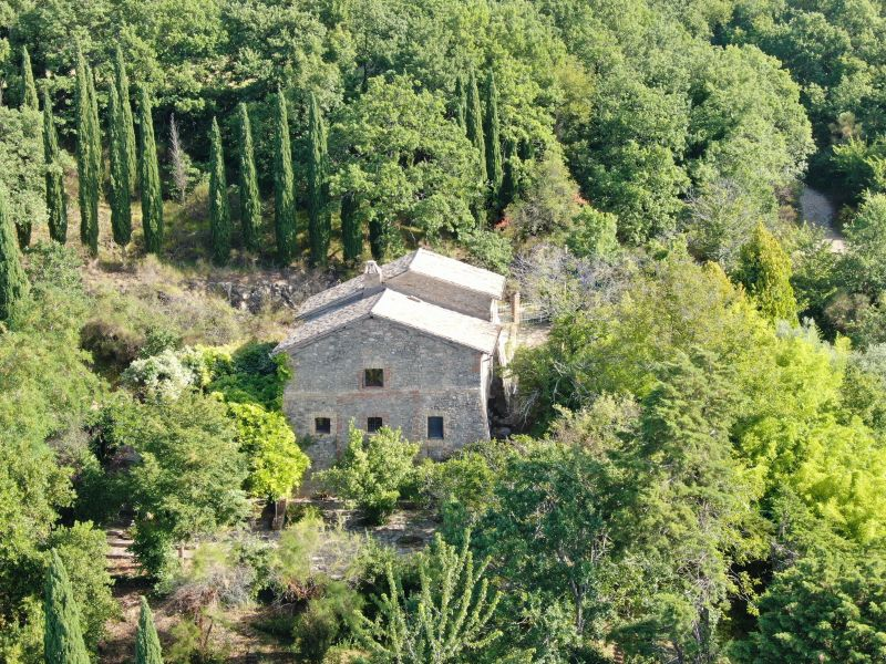 Vendita Casolare Assisi / Sell Farmhouse Assisi – Via Petrata