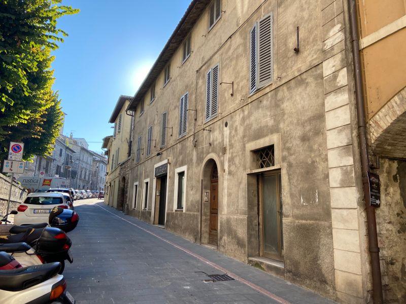 Affitto Appartamento Assisi / Rent Apartment Assisi – Via San Gabriele dell'Addolorata