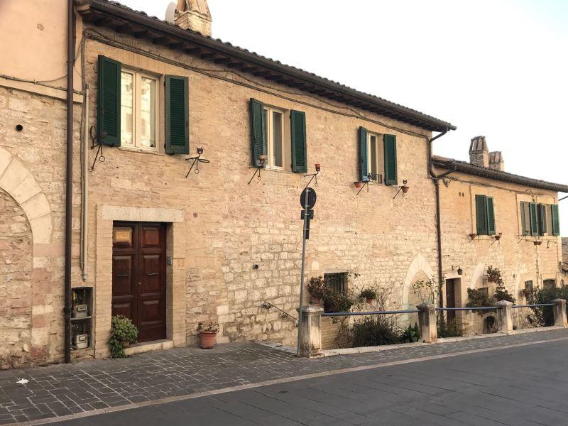 Affitto Appartamento Assisi / Rent Apartment Assisi – Via Fontebella
