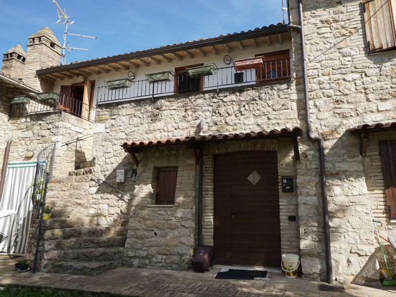 Vendita Appartamento Assisi / Sell Apartment Assisi – Loc. Rivotorto