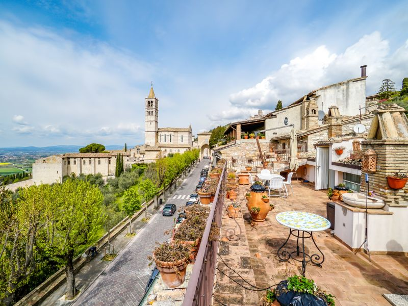 Vendita Appartamento Assisi / Sell Apartment Assisi – Via Borgo Aretino 01