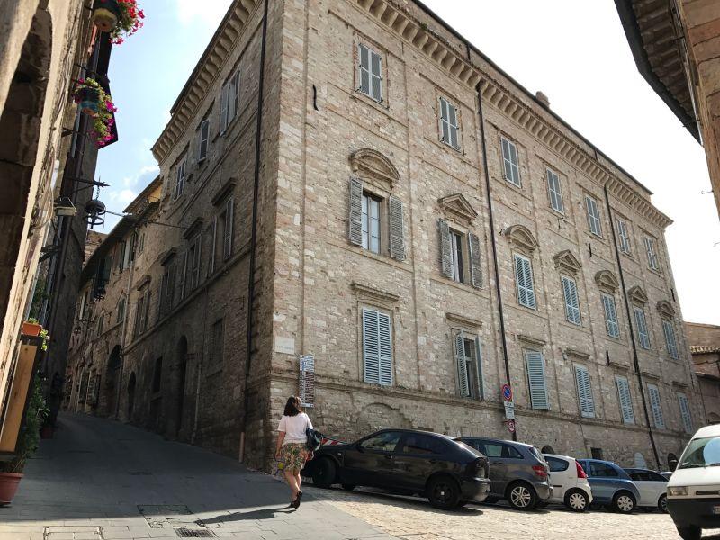 Vendita Appartamento Assisi / Sell Apartment Assisi – Via Giotto